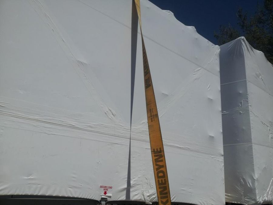 flatbed tarp strap with twist to prevent flapping