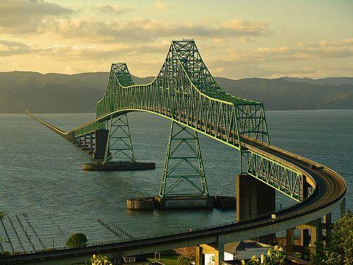 picture of the The Astoria-Megler Bridge