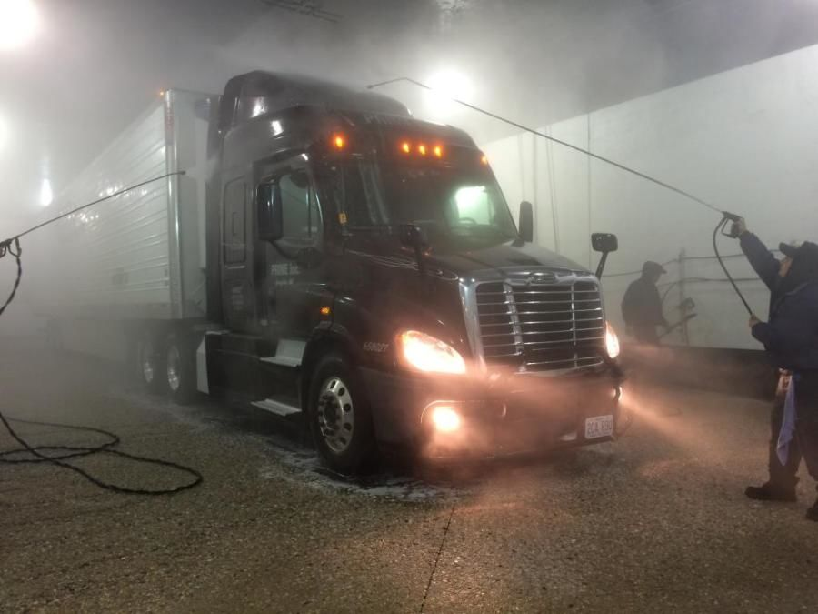 picture of Prime truck getting washed