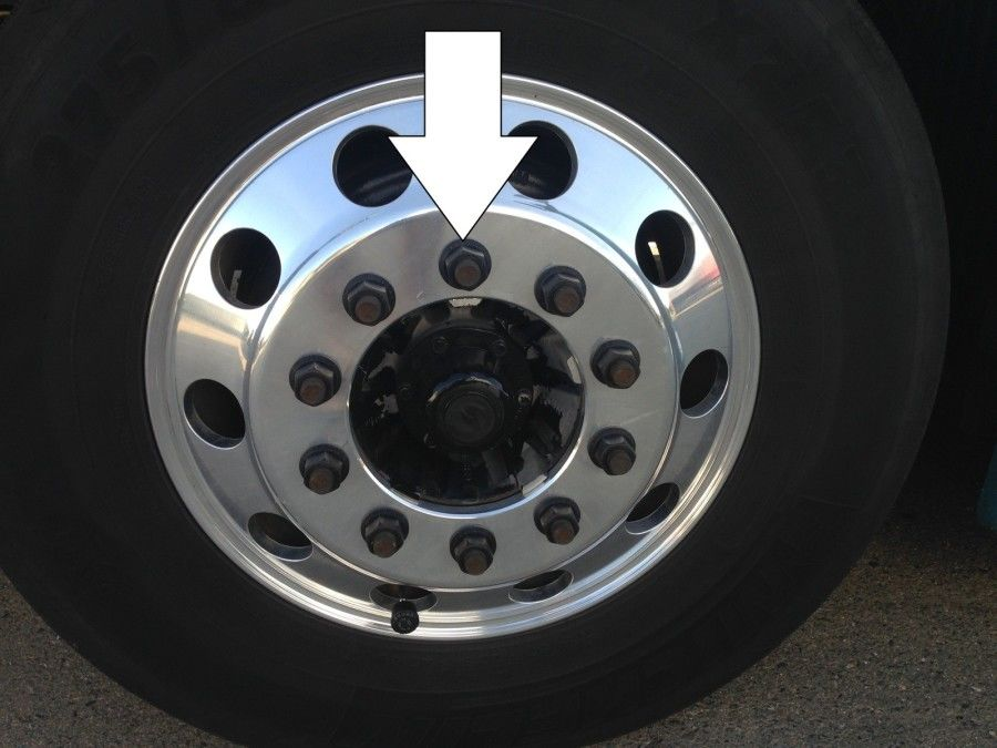 truck driver's pretrip inspection lug nuts