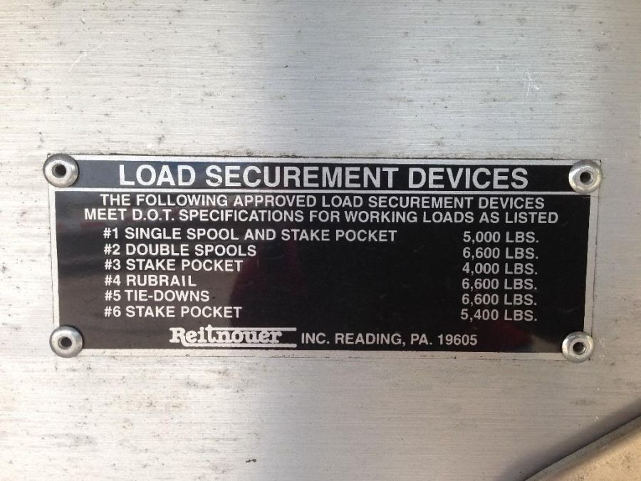 flatbed load-securement tiedown weight-rating plate