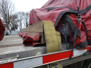 Strap on bulkhead
